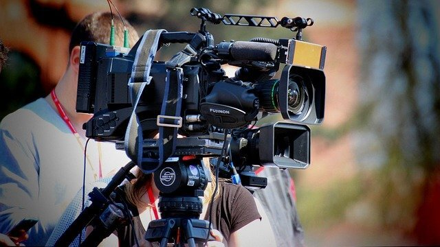 Facts About Filmmaking, history of film technology, history of film timeline, film history facts, Facts About Filmmaking and Movies, filmmaker facts, facts about movie theaters, facts about film music, us movie fun facts, unknown movie trivia,