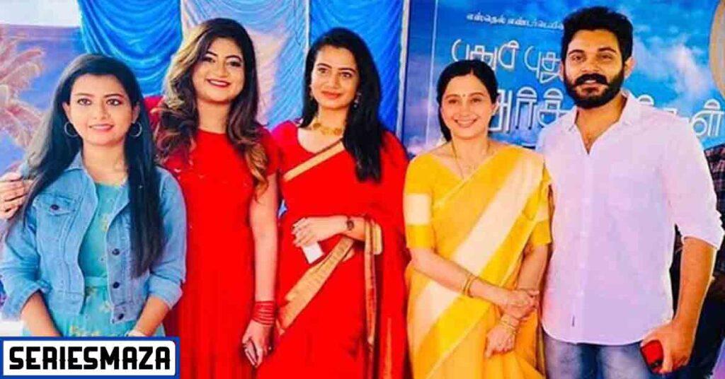 Puthu puthu arthangal serial cast, Puthu puthu arthangal serial actress name, Puthu puthu arthangal serial, Puthu puthu arthangal, pudhu pudhu arthangal serial cast, Pudhu pudhu arthangal serial zee tamil cast,